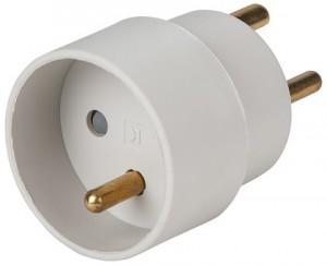 schuko-adapter-back